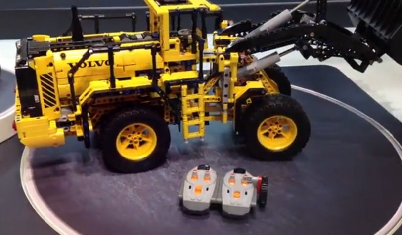 Betere 42030 - Volvo L350F Wheel Loader - LEGO Technic and Model Team OF-56